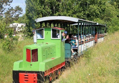 Pravidelná jazda vlakom Nitrianskej poľnej železnice